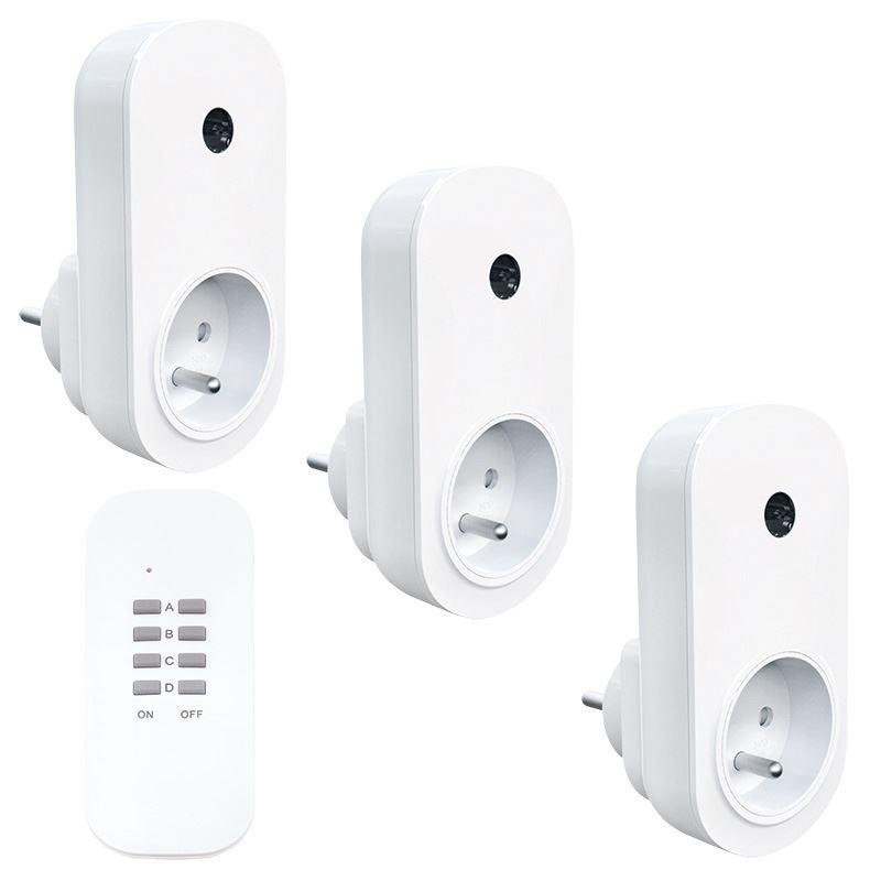 Solight diaľkovo ovládané zásuvky set 3 + 1, 3 zásuvky, 1 ovládač